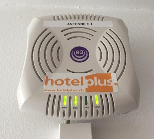 Wi-Fi_hotel.jpg