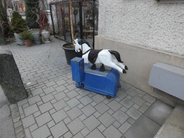 Le_petit_cheval_1